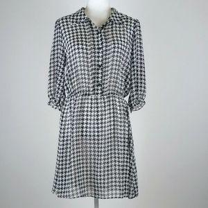 Kardashian Collection dress size large